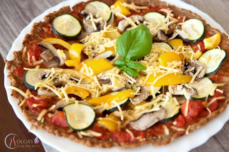 Pizza with Tuna and Vegetables