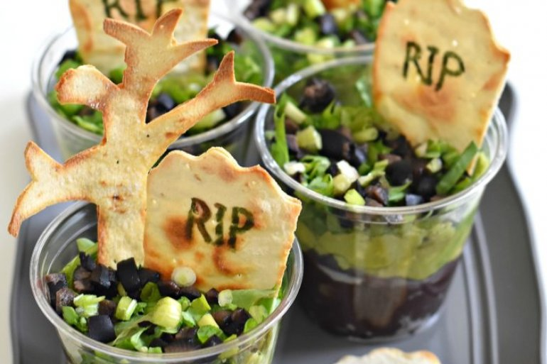 THE 7 BEST HALLOWEEN APPETIZERS