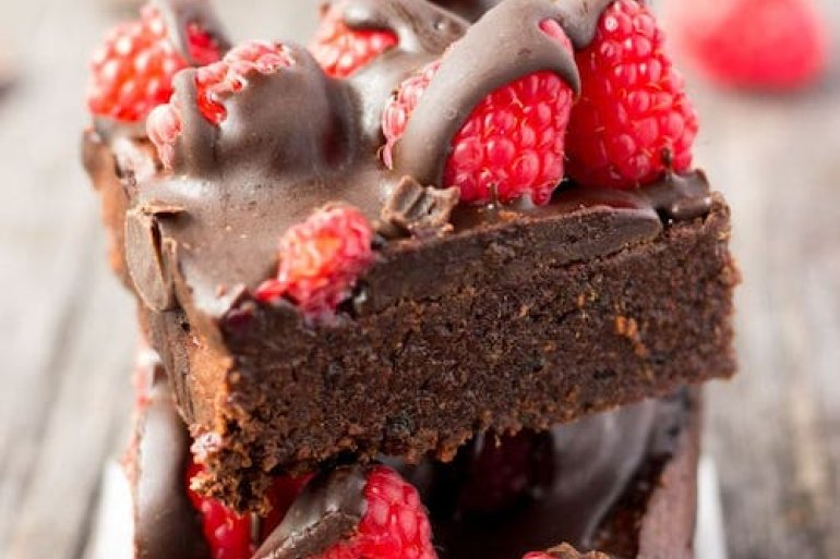 5 VEGAN DESSERTS RECIPES