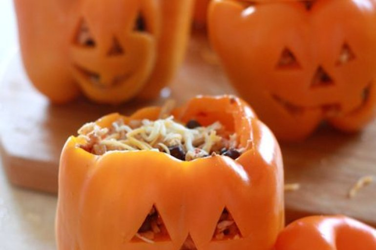 THE 7 BEST HALLOWEEN DINNER RECIPES