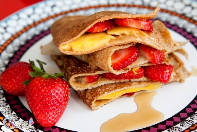 Pancakes with Mango and Strawberries